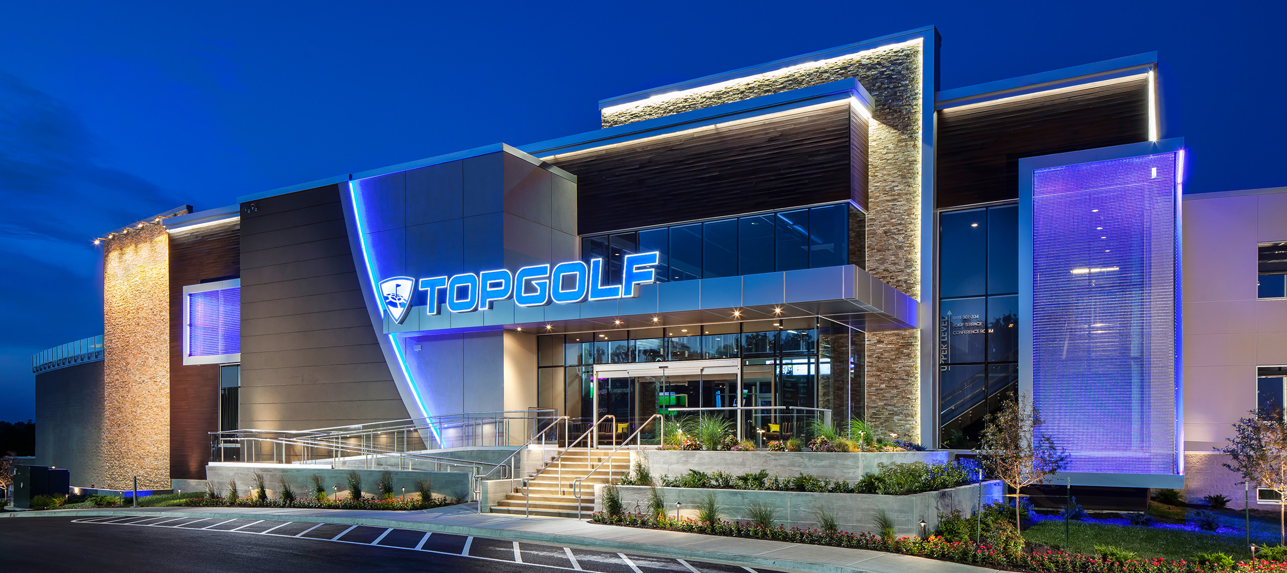 GOLF ENTERTAINMENT COMPLEX - TOPGOLF / OVERLAND PARK, KS
